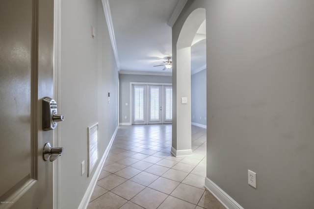 4300 S South Beach Pkwy #1206, Jacksonville Beach, FL 32250 (MLS #1058611) :: The Volen Group, Keller Williams Luxury International