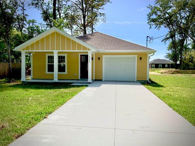 5845 Oak St, Elkton, FL 32033 (MLS #1058621) :: Berkshire Hathaway HomeServices Chaplin Williams Realty