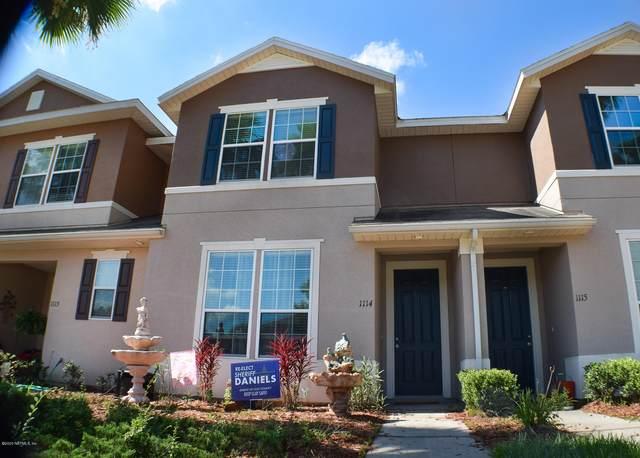 625 Oakleaf Plantation Pkwy #1114, Orange Park, FL 32065 (MLS #1060093) :: The Hanley Home Team
