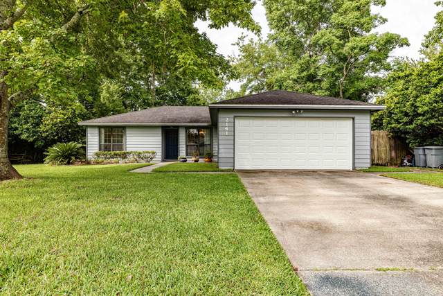 2141 Minorcan St, Middleburg, FL 32068 (MLS #1060472) :: The Every Corner Team