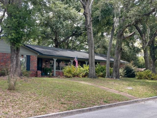 3778 Hermitage Rd E, Jacksonville, FL 32277 (MLS #1060662) :: The Every Corner Team