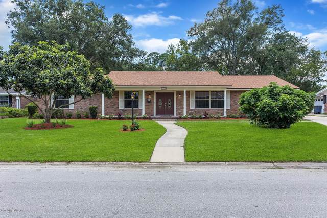 6870 La Loma Dr, Jacksonville, FL 32217 (MLS #1060898) :: The Hanley Home Team
