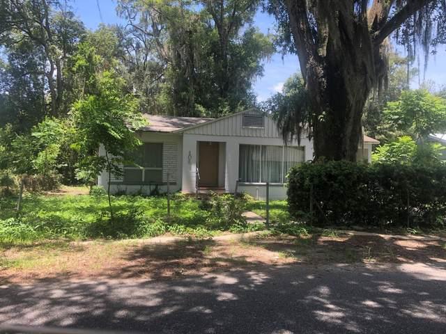 106 Wells Ave, Palatka, FL 32177 (MLS #1061052) :: The Hanley Home Team