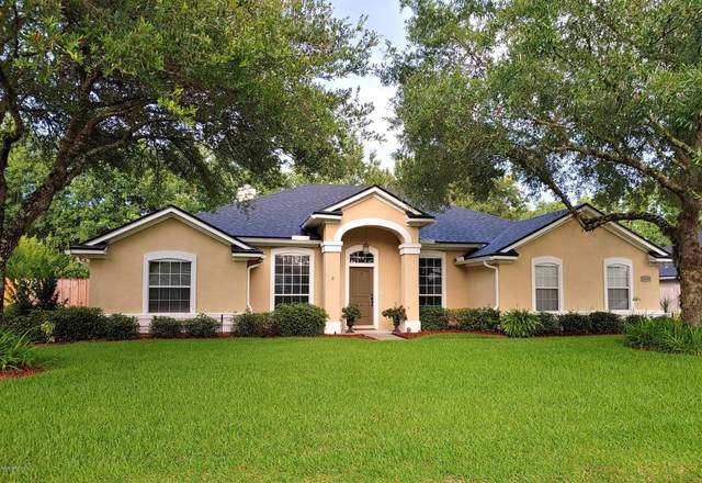 11359 Landing Estates Dr, Jacksonville, FL 32257 (MLS #1061428) :: The Volen Group, Keller Williams Luxury International