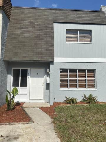 6160 Tuscony Cir, Jacksonville, FL 32277 (MLS #1061699) :: Menton & Ballou Group Engel & Völkers