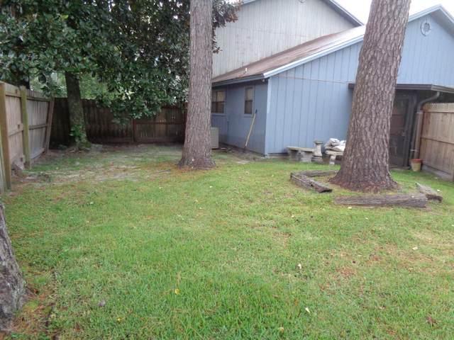 5610 Bennington Dr, Jacksonville, FL 32244 (MLS #1061740) :: Menton & Ballou Group Engel & Völkers
