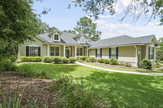 1728 Colonial Dr, GREEN COVE SPRINGS, FL 32043 (MLS #1061866) :: The Every Corner Team