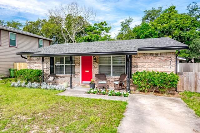 1052 Penman Rd, Jacksonville Beach, FL 32250 (MLS #1061923) :: The Hanley Home Team