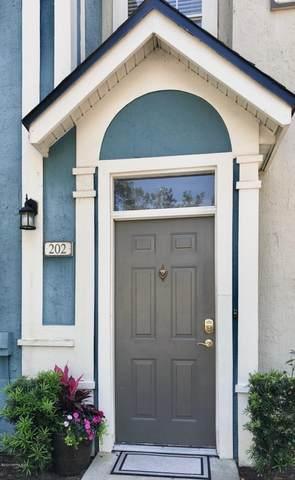 13700 Richmond Park Dr N #202, Jacksonville, FL 32224 (MLS #1061960) :: The Hanley Home Team