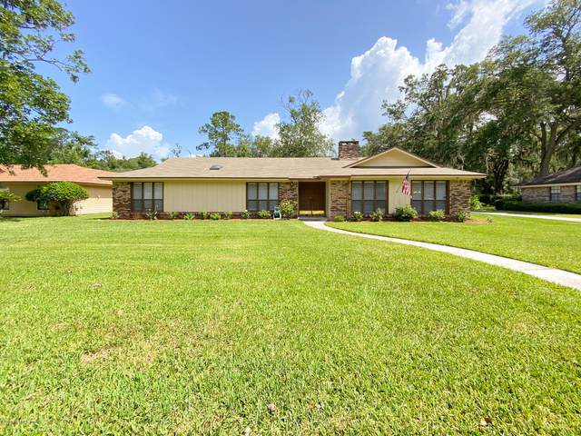 11665 Sedgemoore Dr N, Jacksonville, FL 32223 (MLS #1062333) :: The Hanley Home Team