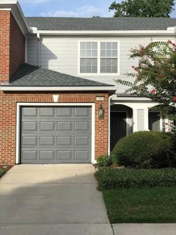 13529 Stone Pond Dr, Jacksonville, FL 32224 (MLS #1062438) :: EXIT Real Estate Gallery