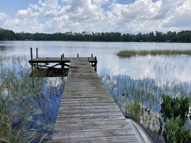 596 Higginbotham Lake Rd, Hawthorne, FL 32640 (MLS #1062761) :: The Volen Group, Keller Williams Luxury International