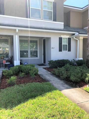 625 Oakleaf Plantation Pkwy #817, Orange Park, FL 32065 (MLS #1062787) :: The Volen Group, Keller Williams Luxury International