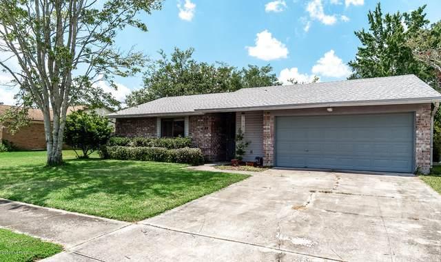 1744 Village Ln, Orange Park, FL 32073 (MLS #1062870) :: The Hanley Home Team