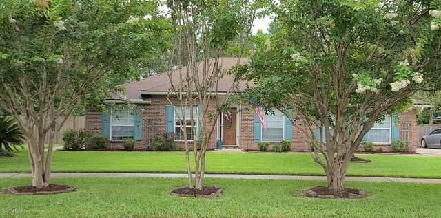 2424 Moon Harbor Way, Middleburg, FL 32068 (MLS #1063092) :: The Hanley Home Team