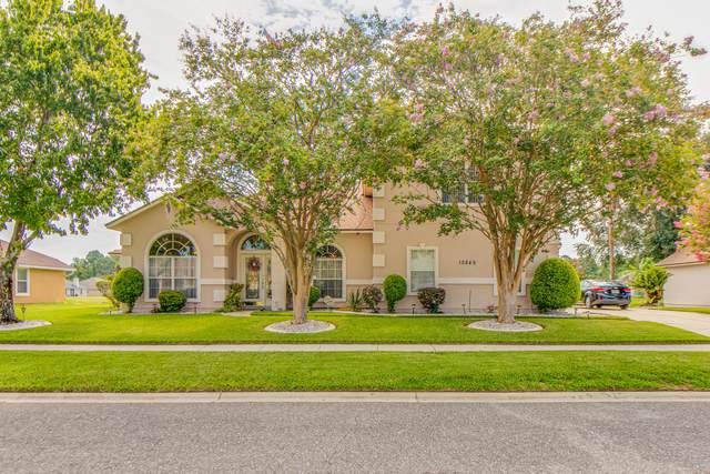 10849 Lydia Estates Dr, Jacksonville, FL 32218 (MLS #1063108) :: The Hanley Home Team