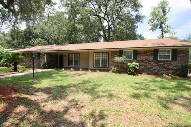 2330 Marcel Dr, Orange Park, FL 32073 (MLS #1063396) :: The Hanley Home Team