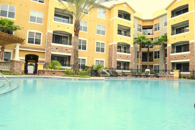 8539 Gate Pkwy W #1633, Jacksonville, FL 32216 (MLS #1063897) :: The Hanley Home Team