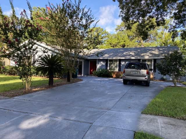 3916 Petite Dr W, Jacksonville, FL 32250 (MLS #1063993) :: The Hanley Home Team