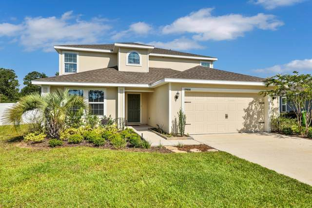 77032 Hardwood Ct, Yulee, FL 32097 (MLS #1064340) :: Momentum Realty