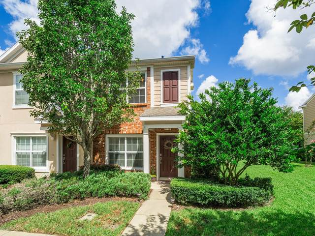 8111 Summer Point Ct, Jacksonville, FL 32256 (MLS #1064976) :: Memory Hopkins Real Estate