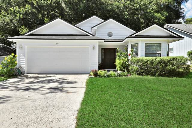 7109 Fort Caroline Hills Dr, Jacksonville, FL 32277 (MLS #1065011) :: Bridge City Real Estate Co.