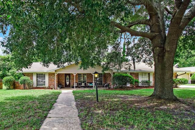 8370 Royalwood Dr, Jacksonville, FL 32256 (MLS #1065226) :: The Perfect Place Team