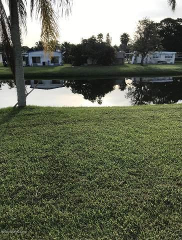 4 Alta Loma, Port St Lucie, FL 34952 (MLS #1065474) :: The Hanley Home Team