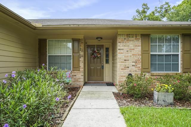 12388 Blue Stream Dr, Jacksonville, FL 32224 (MLS #1065608) :: The Hanley Home Team