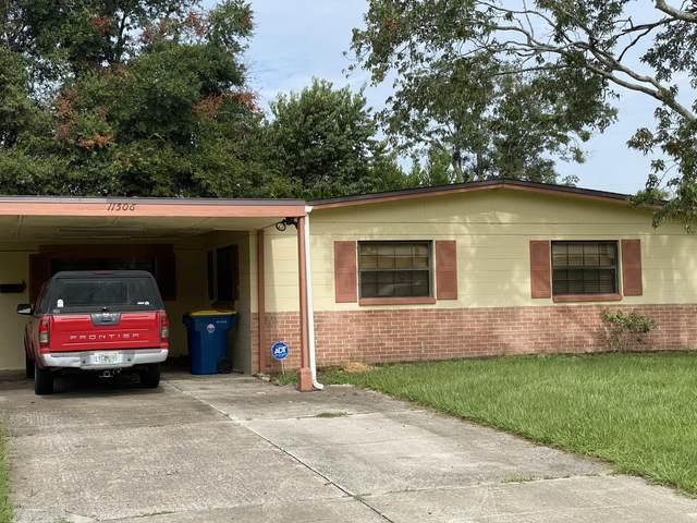 11506 Vera Dr, Jacksonville, FL 32218 (MLS #1065691) :: The Newcomer Group