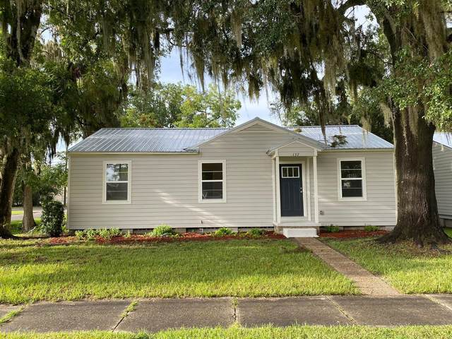 137 W Washington St, Starke, FL 32091 (MLS #1065796) :: Berkshire Hathaway HomeServices Chaplin Williams Realty