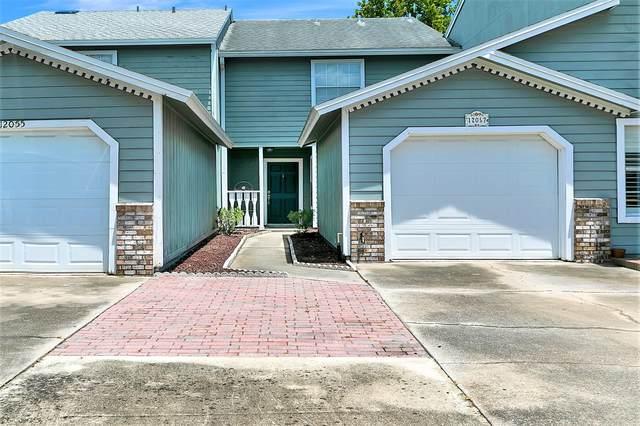 12057 Cobblewood Ln N, Jacksonville, FL 32225 (MLS #1066083) :: The Hanley Home Team
