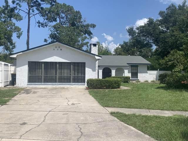 6059 Triumph Ln W, Jacksonville, FL 32244 (MLS #1066629) :: CrossView Realty