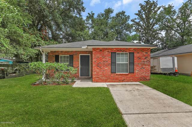 2163 Thomas Ct, Jacksonville, FL 32207 (MLS #1066661) :: CrossView Realty