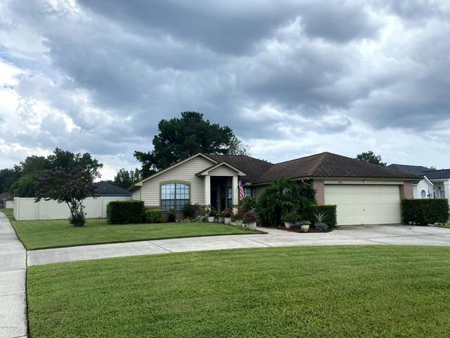 2165 Orangewood St, Middleburg, FL 32068 (MLS #1066745) :: The DJ & Lindsey Team