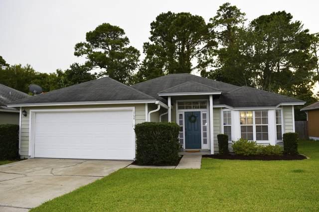 1760 Chandelier Cir W, Jacksonville, FL 32225 (MLS #1066993) :: The Hanley Home Team