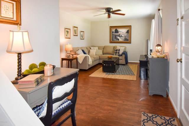 222 Kettering Ct, Orange Park, FL 32073 (MLS #1067012) :: Homes By Sam & Tanya