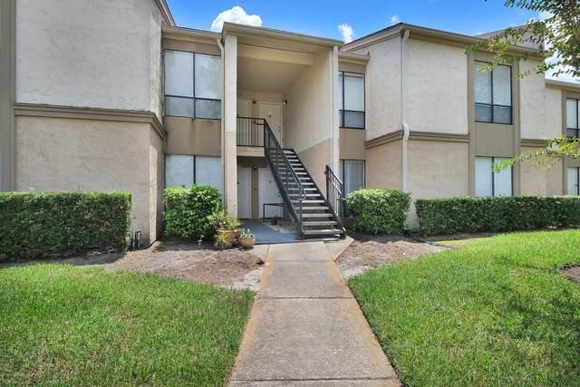 5791 University Club Blvd #208, Jacksonville, FL 32277 (MLS #1067165) :: The Hanley Home Team