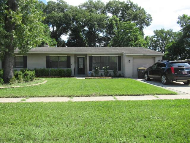 2341 Woodridge Rd, Jacksonville, FL 32210 (MLS #1067256) :: The DJ & Lindsey Team