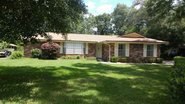 822 Branscomb Rd, GREEN COVE SPRINGS, FL 32043 (MLS #1067300) :: The Hanley Home Team