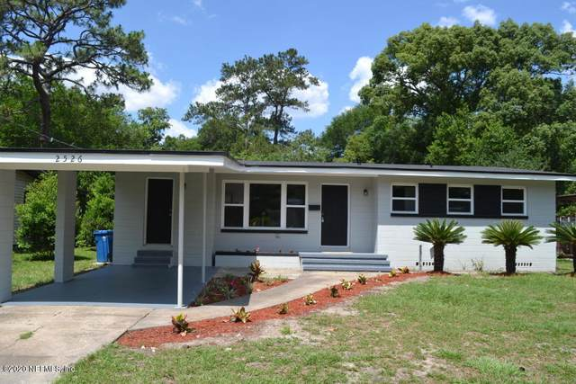 2526 Pine Summit Dr E, Jacksonville, FL 32211 (MLS #1067327) :: EXIT 1 Stop Realty
