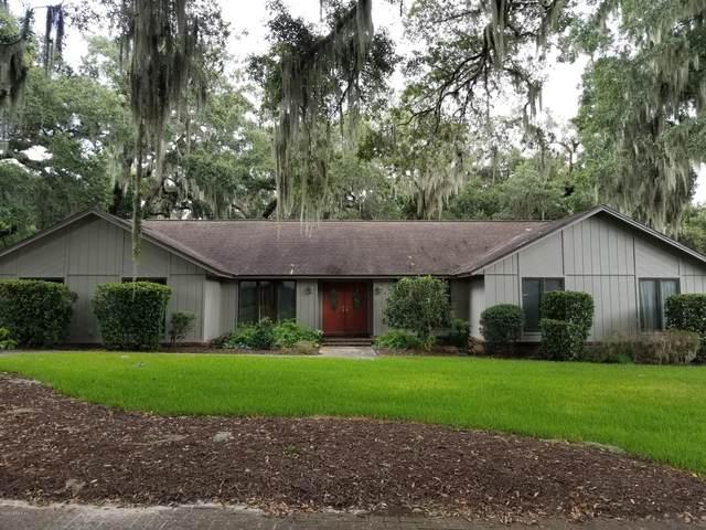 3037 Woodveil Ln, Orange Park, FL 32073 (MLS #1067494) :: The Hanley Home Team