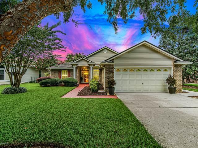 7921 Westport Bay Dr, Jacksonville, FL 32244 (MLS #1067746) :: Memory Hopkins Real Estate