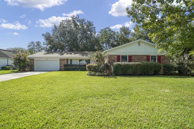 4237 St Francis Cir, Jacksonville, FL 32210 (MLS #1067802) :: The Newcomer Group