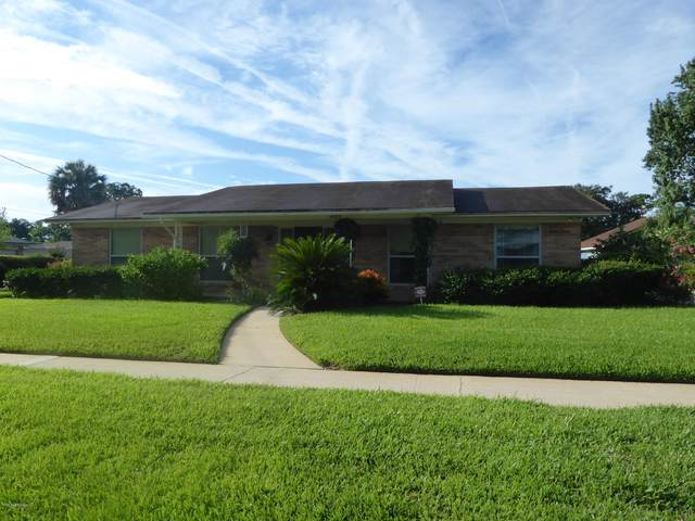 931 Tahiti Rd E, Jacksonville, FL 32216 (MLS #1068391) :: The Hanley Home Team