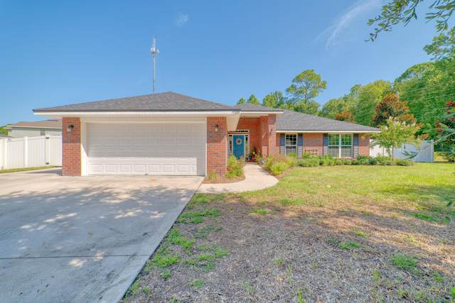 77100 Lumber Creek Dr, Yulee, FL 32097 (MLS #1068445) :: The Every Corner Team