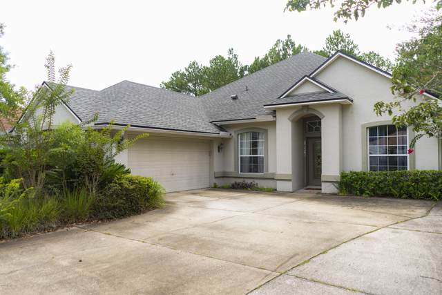 10318 Meadow Pointe Dr, Jacksonville, FL 32221 (MLS #1068496) :: The Every Corner Team