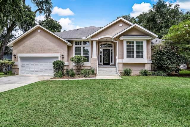 492 Starboard Landing, Fernandina Beach, FL 32034 (MLS #1068578) :: Homes By Sam & Tanya