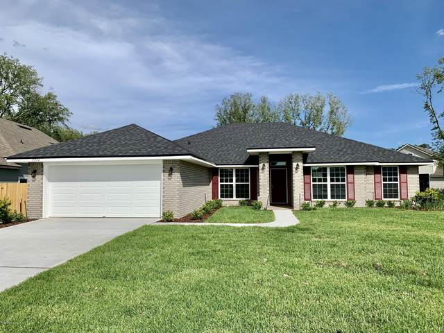 3045 Free Bird Loop, GREEN COVE SPRINGS, FL 32043 (MLS #1068894) :: EXIT Real Estate Gallery