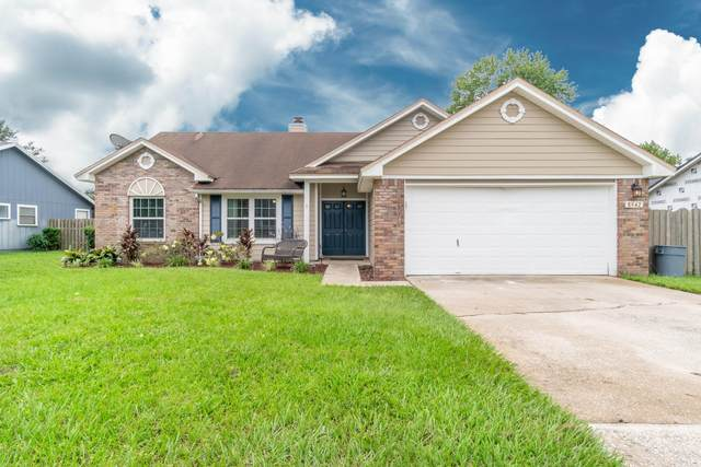 8942 Cherry Hill Dr, Jacksonville, FL 32221 (MLS #1069611) :: The Perfect Place Team